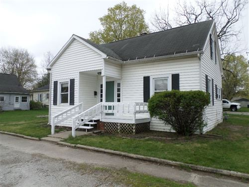 Photo of 117 E 12th Street, Rochester, IN 46975 (MLS # 202112750)