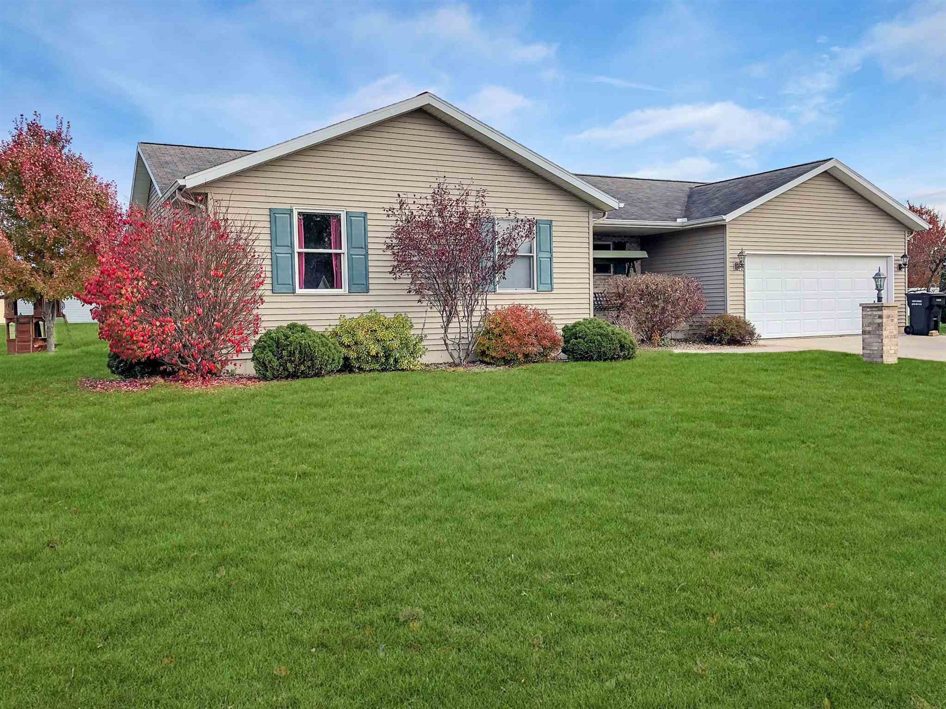 306 Alexis Drive, Milford, IN 46542 - #: 201950758
