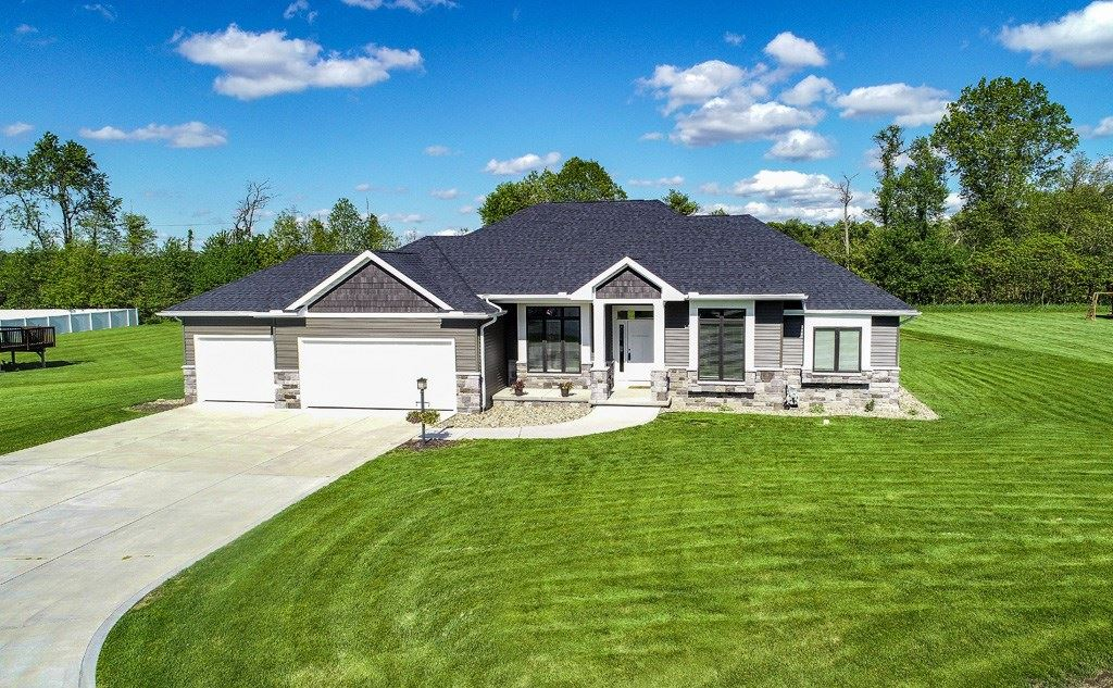 50906 Spotted Eagle Drive, Elkhart, IN 46514 - #: 202009763