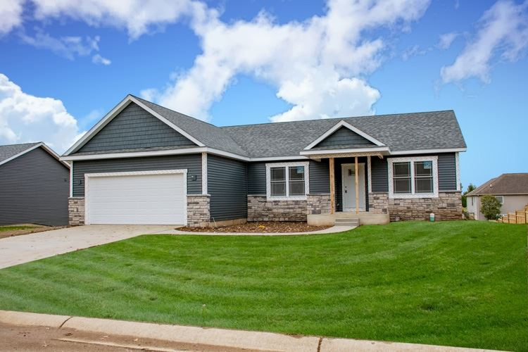 52647 East Trail, South Bend, IN 46628 - #: 202042780