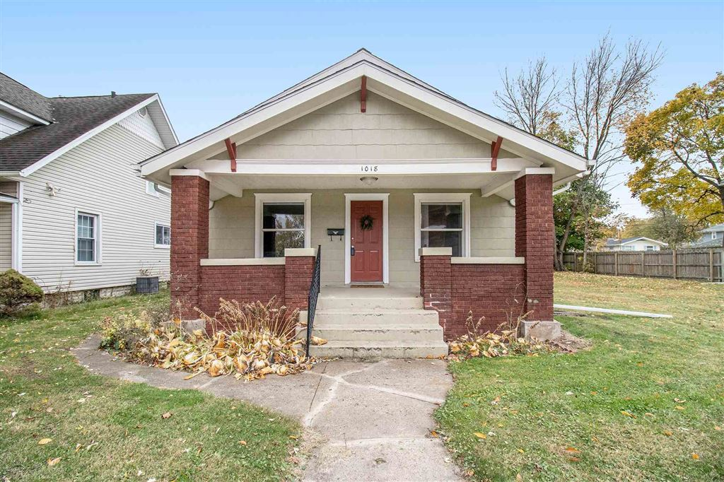 1018 E Ewing Avenue, South Bend, IN 46613 - #: 201949786