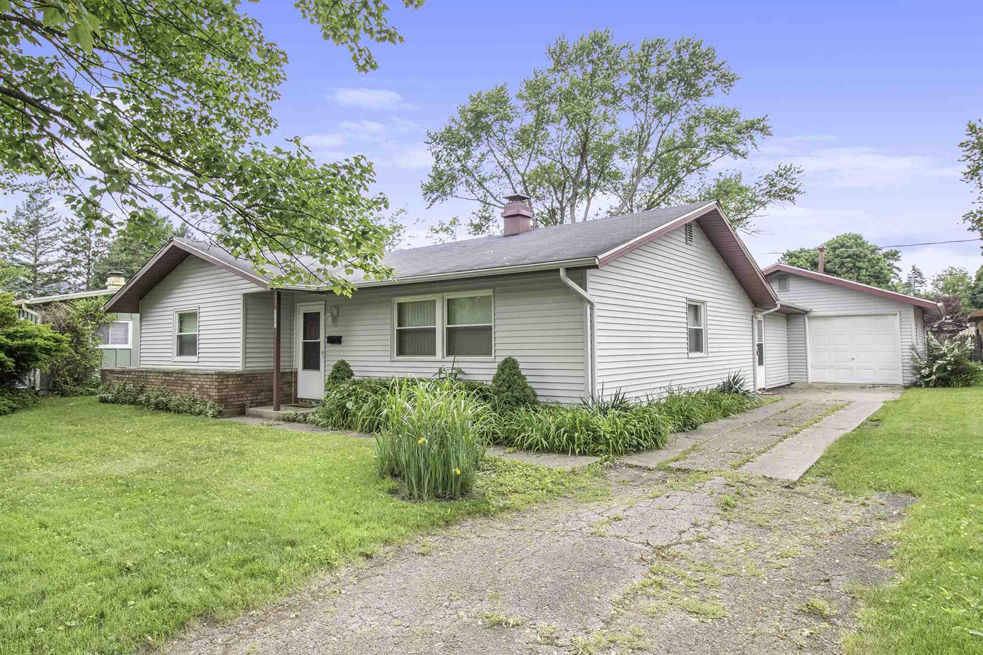 3121 Voll Lane, South Bend, IN 46615 - #: 202020799