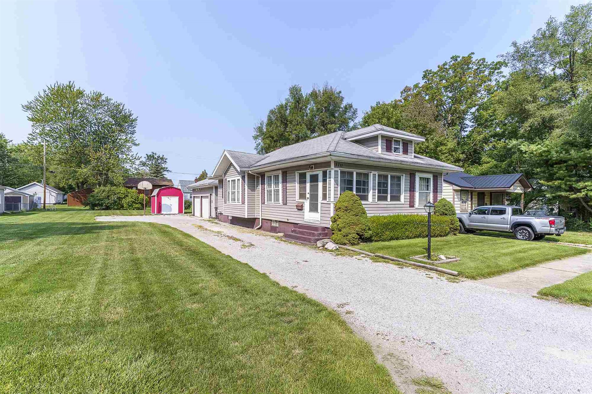 3711 Foresthill Avenue, Fort Wayne, IN 46805 - #: 202038800