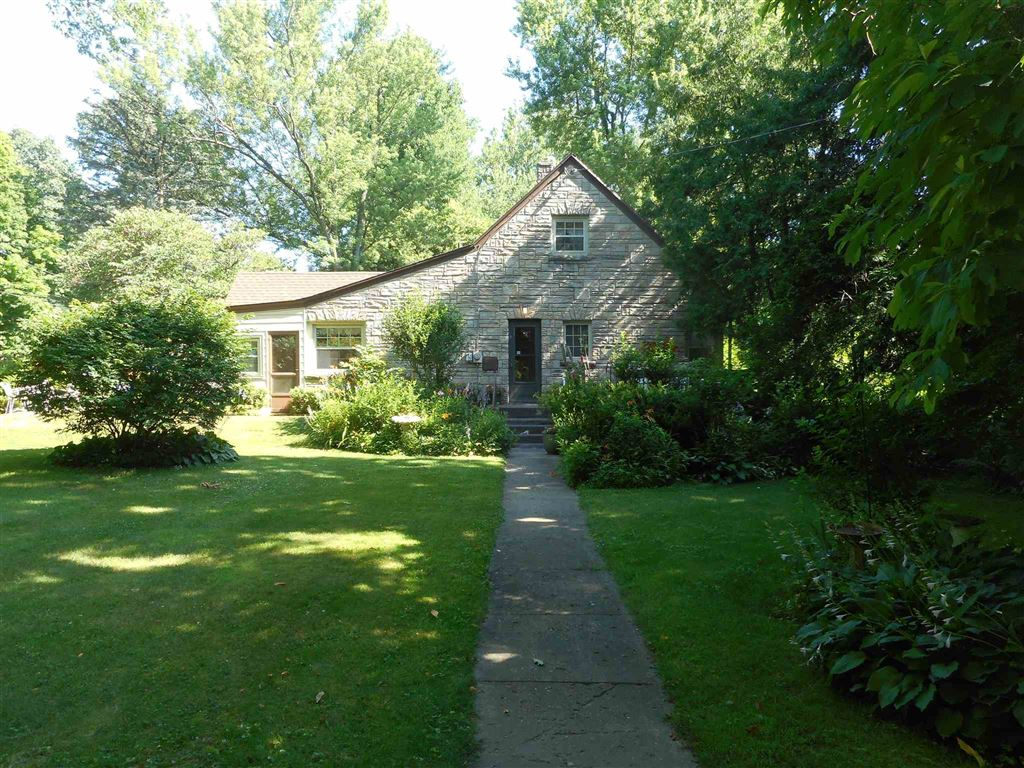 19592 Eaton Avenue, South Bend, IN 46637 - #: 201929807