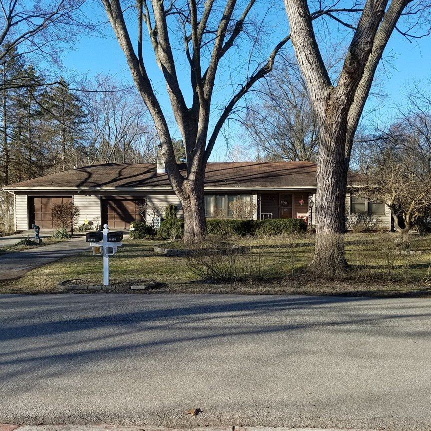 18801 Welworth Avenue, South Bend, IN 46637 - #: 202106840