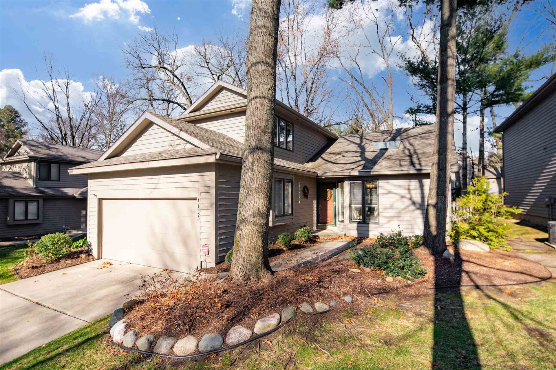 17865 Sable Ridge Drive, South Bend, IN 46635 - #: 202047841