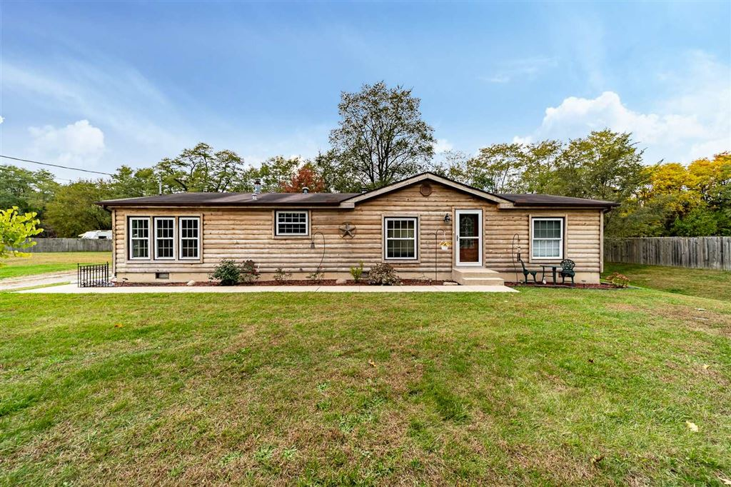 50819 Portage Road, South Bend, IN 46628 - #: 201947842