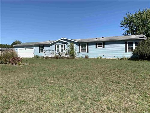 Photo of 4126 N Bird View Drive, Warsaw, IN 46582 (MLS # 202037843)