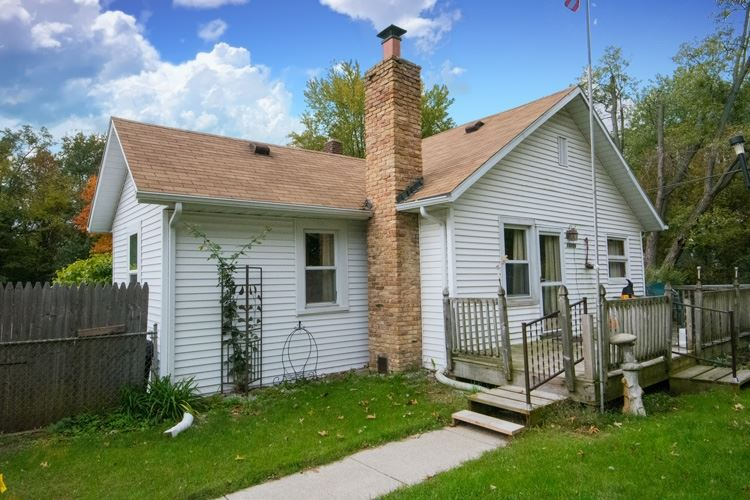 19206 Darden Road, South Bend, IN 46637 - #: 202040847