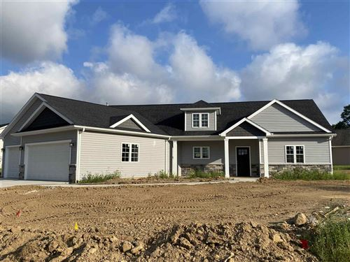 Photo of 2332 Highlander Drive, Warsaw, IN 46580 (MLS # 202102880)
