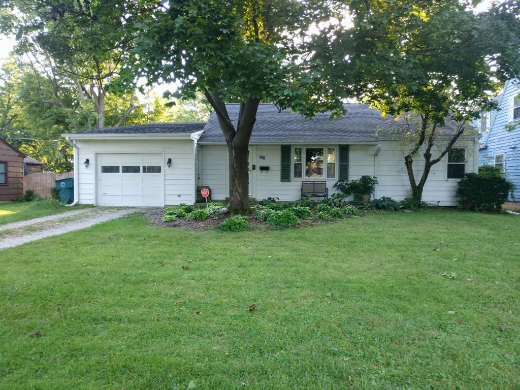 405 S Umbarger Road, Muncie, IN 47304 - #: 201936880
