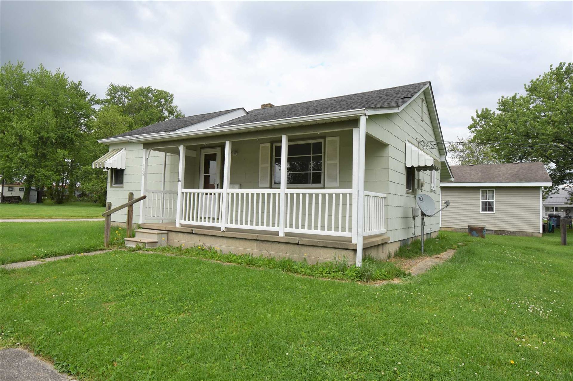 589 NW 2nd Street, Linton, IN 47441 - #: 202017881