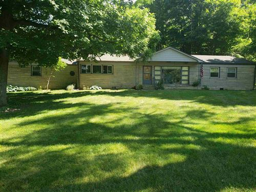 Photo of 4996 E Division Road, Logansport, IN 46947 (MLS # 202123888)