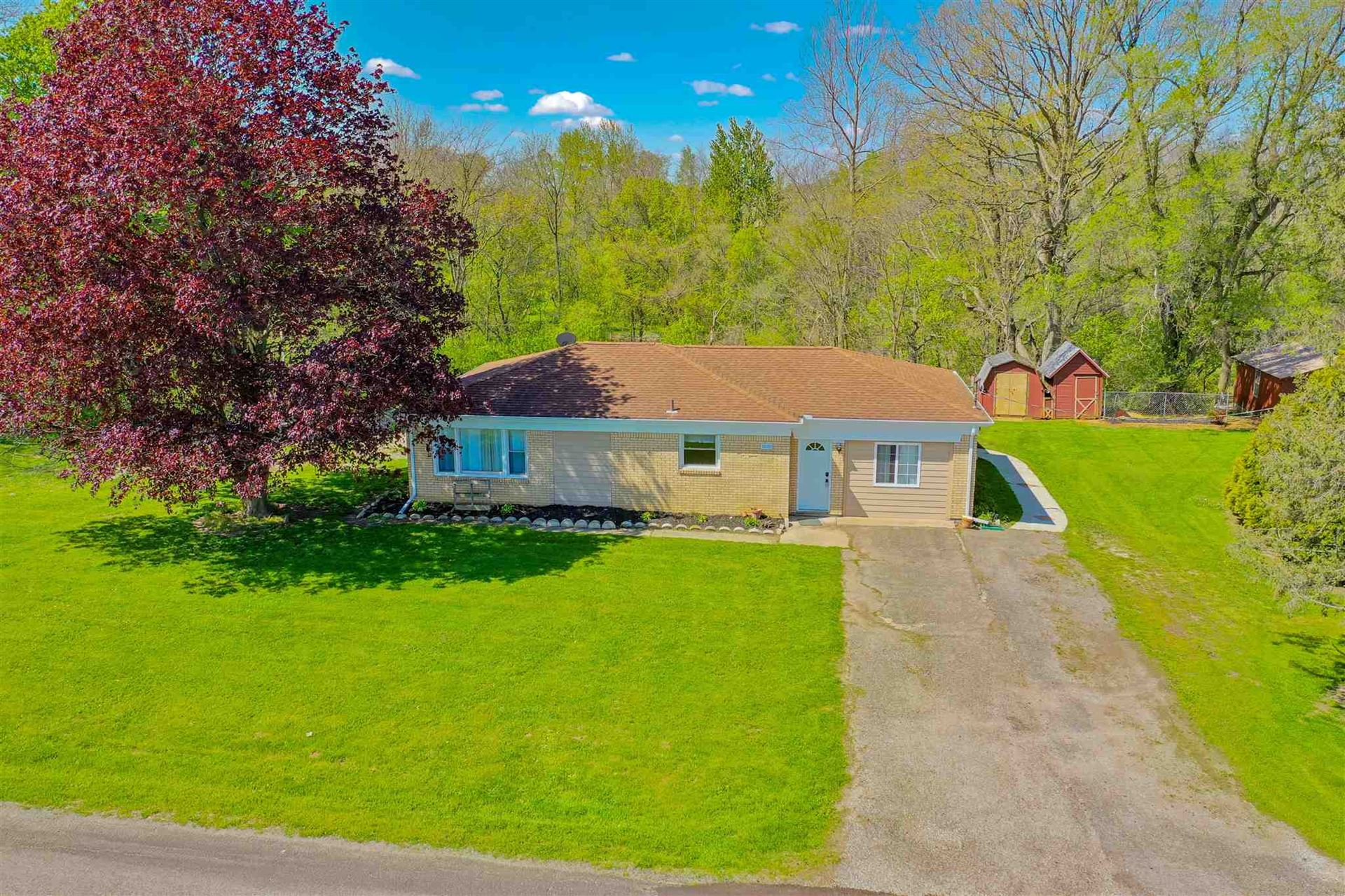 Photo of 2689 E Singer Road, North Manchester, IN 46962 (MLS # 202010898)