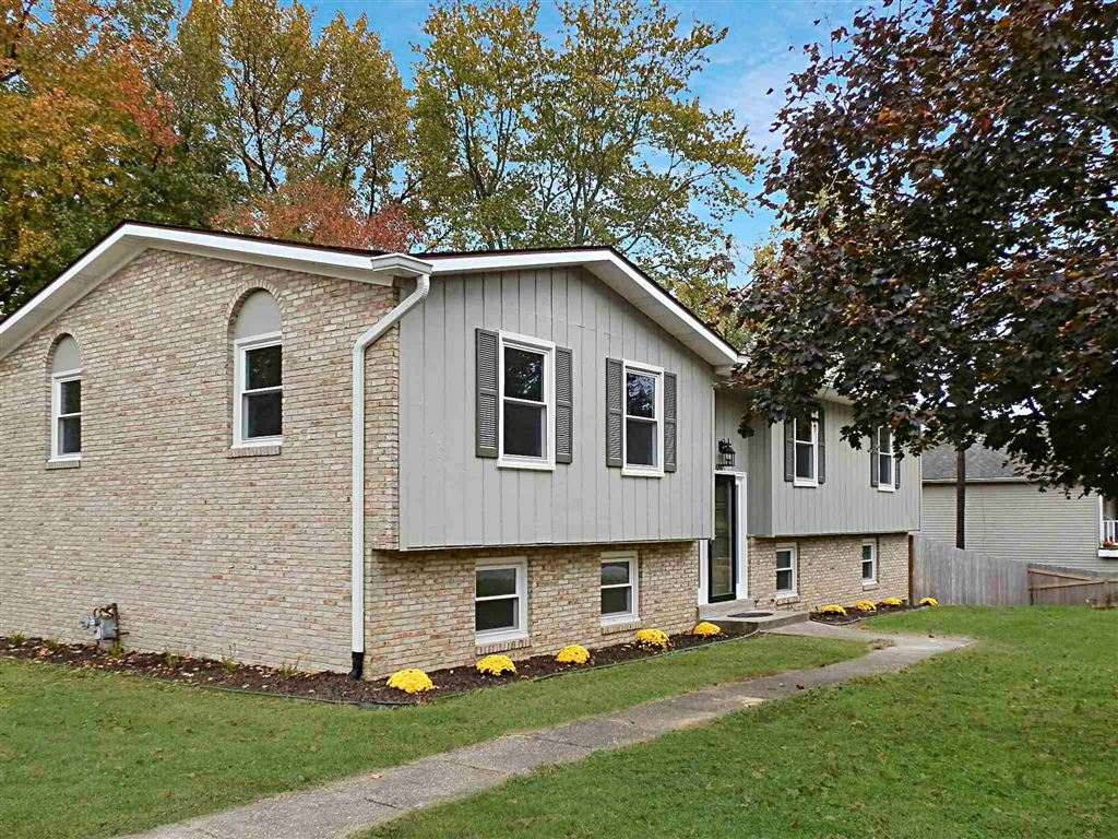 8999 Woodland Drive, Newburgh, IN 47630 - #: 201947905