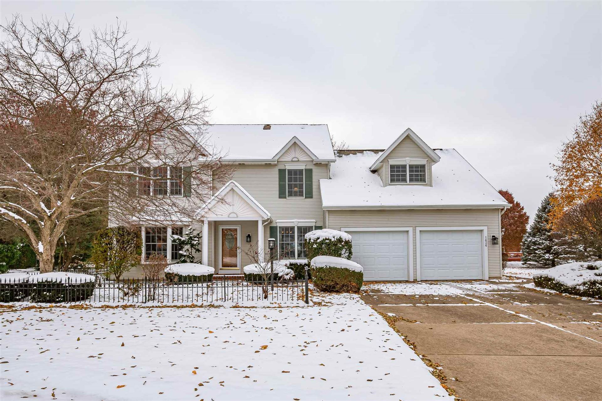 1424 Meadow Trail, South Bend, IN 46614 - #: 201949906