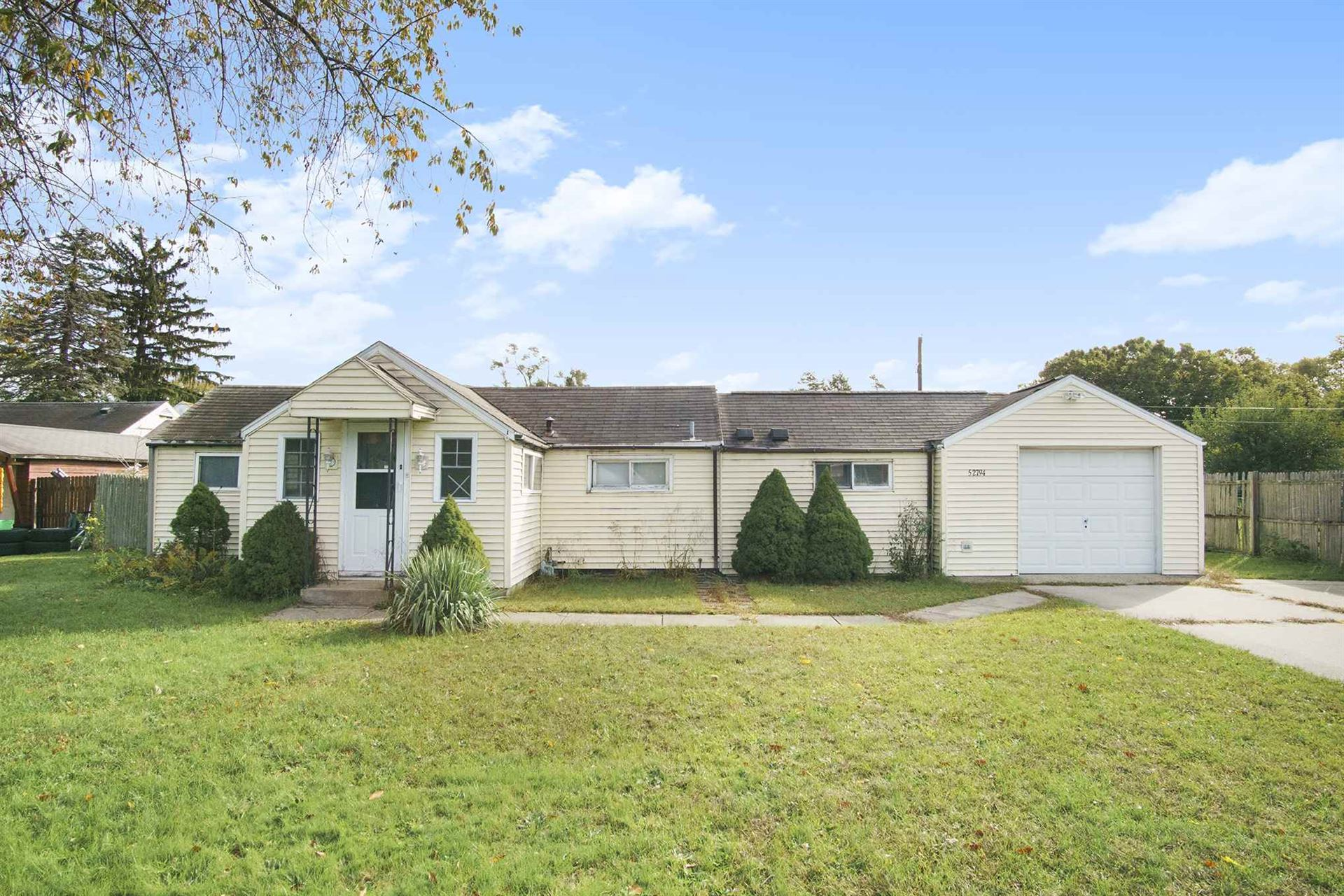 52794 Hollyhock Road, South Bend, IN 46637 - #: 202040911