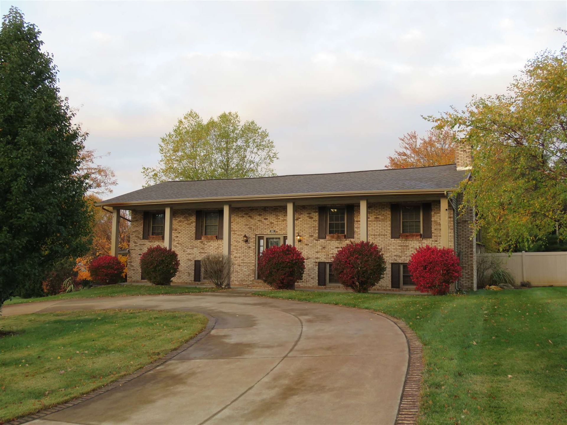 501 Skyview Drive, Middlebury, IN 46540 - #: 202042912