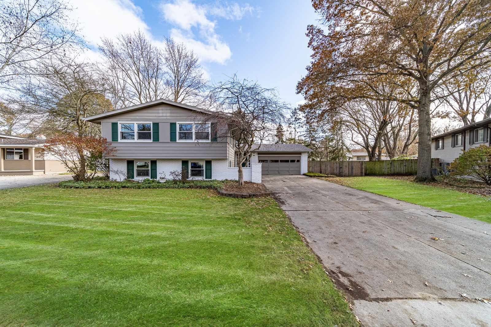 1714 Canterbury Drive, Elkhart, IN 46514 - #: 201950914