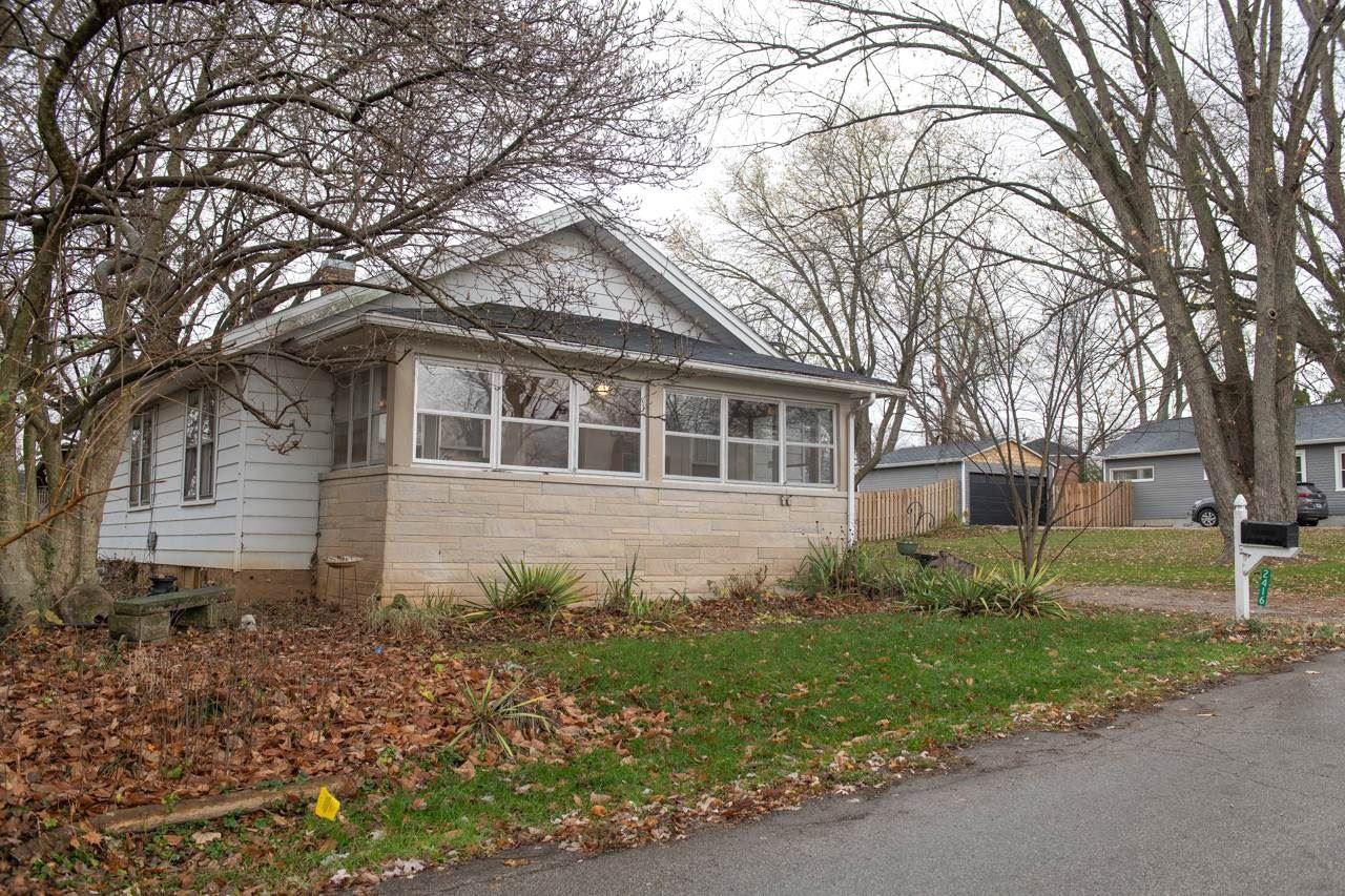 2416 S Broadview Drive, Bloomington, IN 47403 - #: 202045915