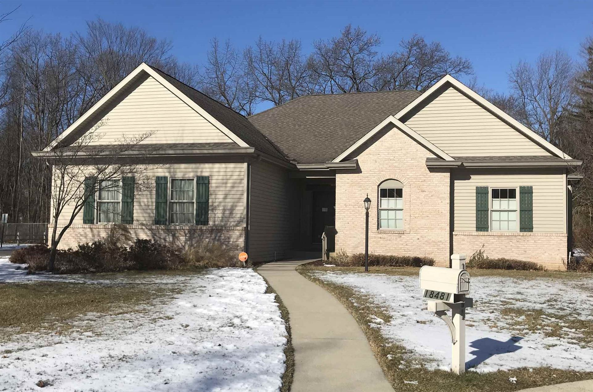 18481 Spring Mist Court, South Bend, IN 46637 - #: 202047923