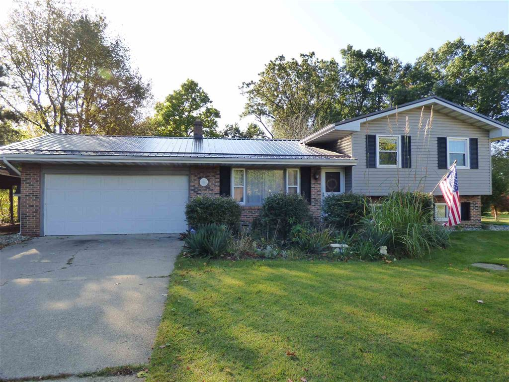 29804 Irongate Drive, Elkhart, IN 46514 - #: 201945934