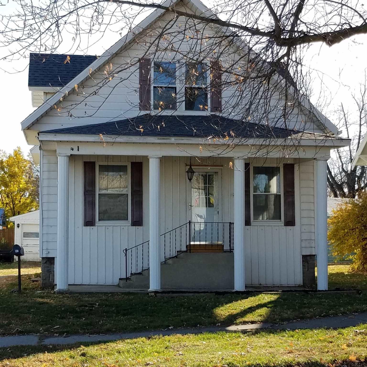 417 W King Street, Garrett, IN 46738 - #: 202046936
