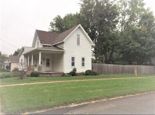 Photo of 229 W 3rd Street, Rochester, IN 46975 (MLS # 202129950)