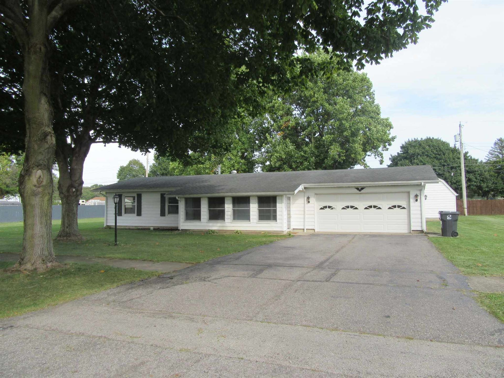 1605 Henry Street, Huntington, IN 46750 - #: 201941950