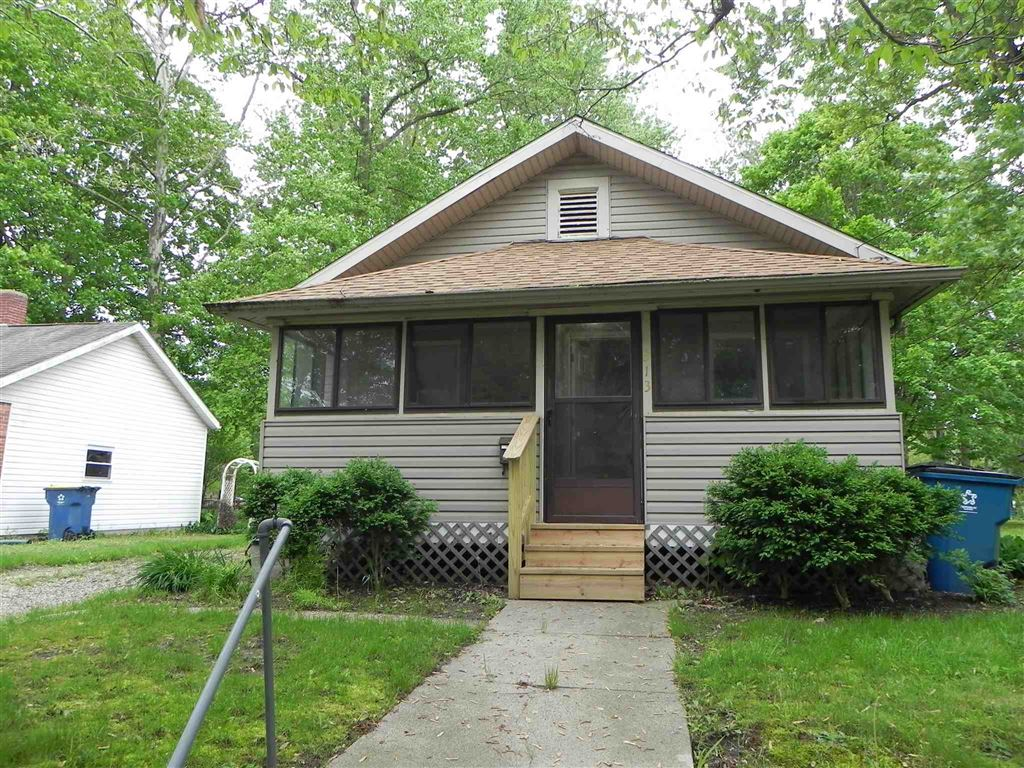 Photo of 313 S Market Street, North Manchester, IN 46962 (MLS # 201921958)