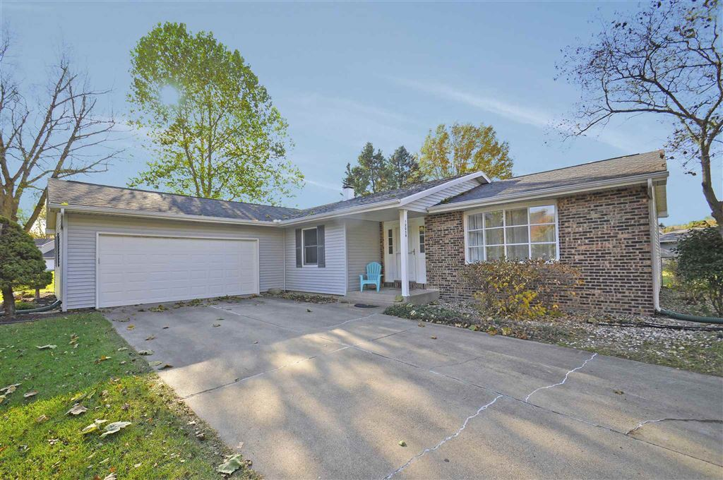 12054 N Timberline Trace, Granger, IN 46530 - #: 201948970