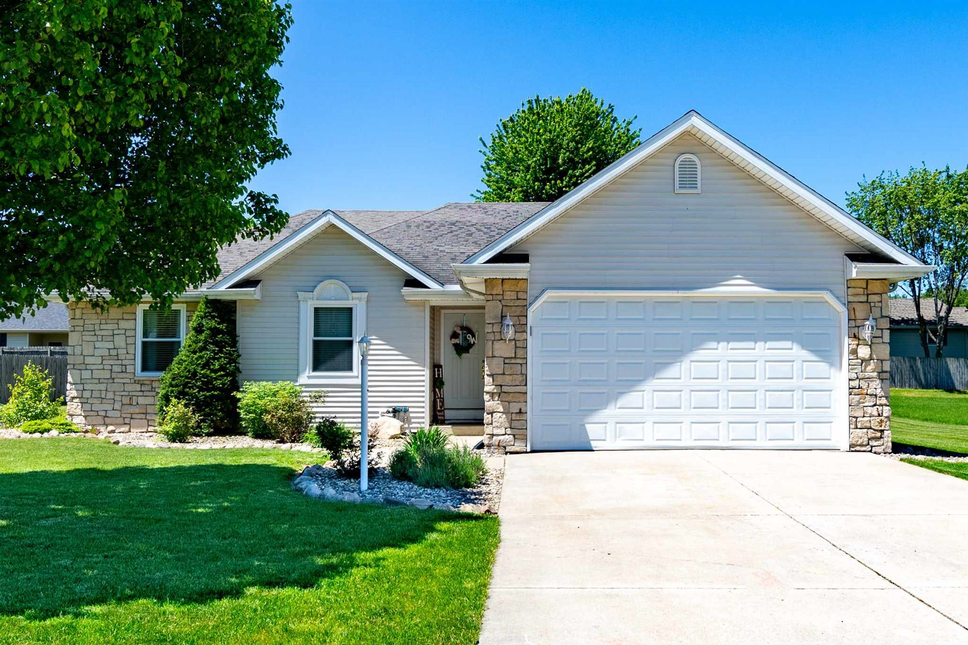 615 Heritage Drive, Middlebury, IN 46540 - #: 202019972