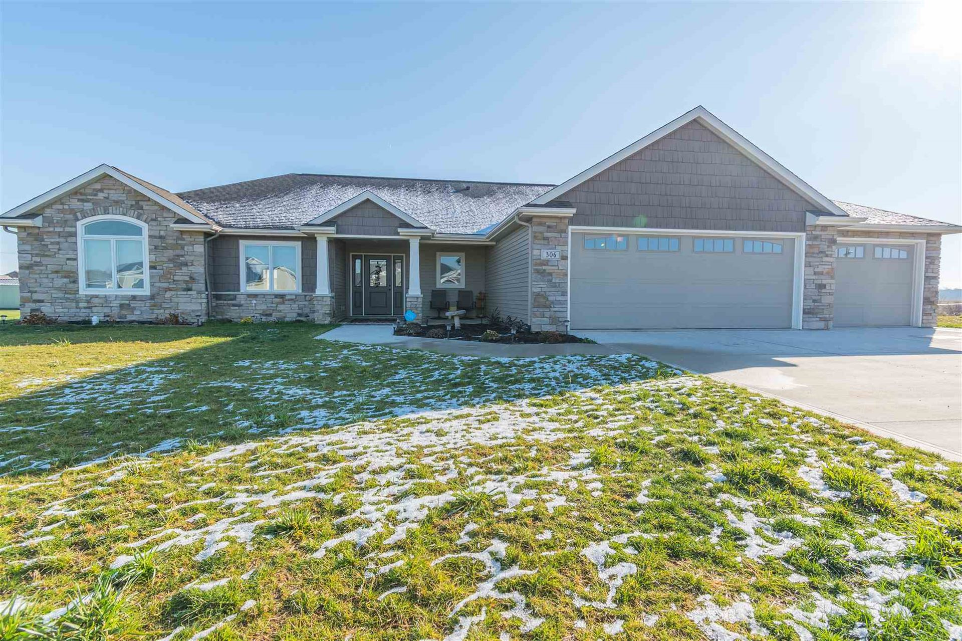 306 Thoroughbred Lane, Auburn, IN 46706 - #: 202046973