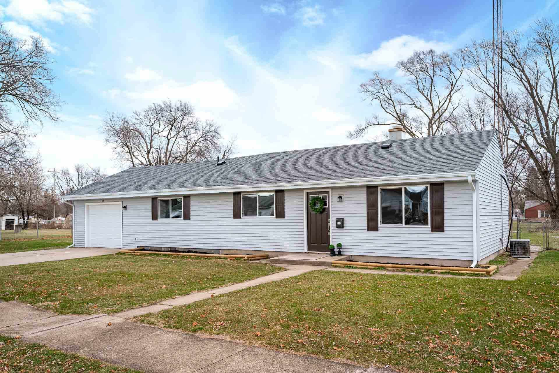 206 N Chicago Street, South Bend, IN 46619 - #: 202049976