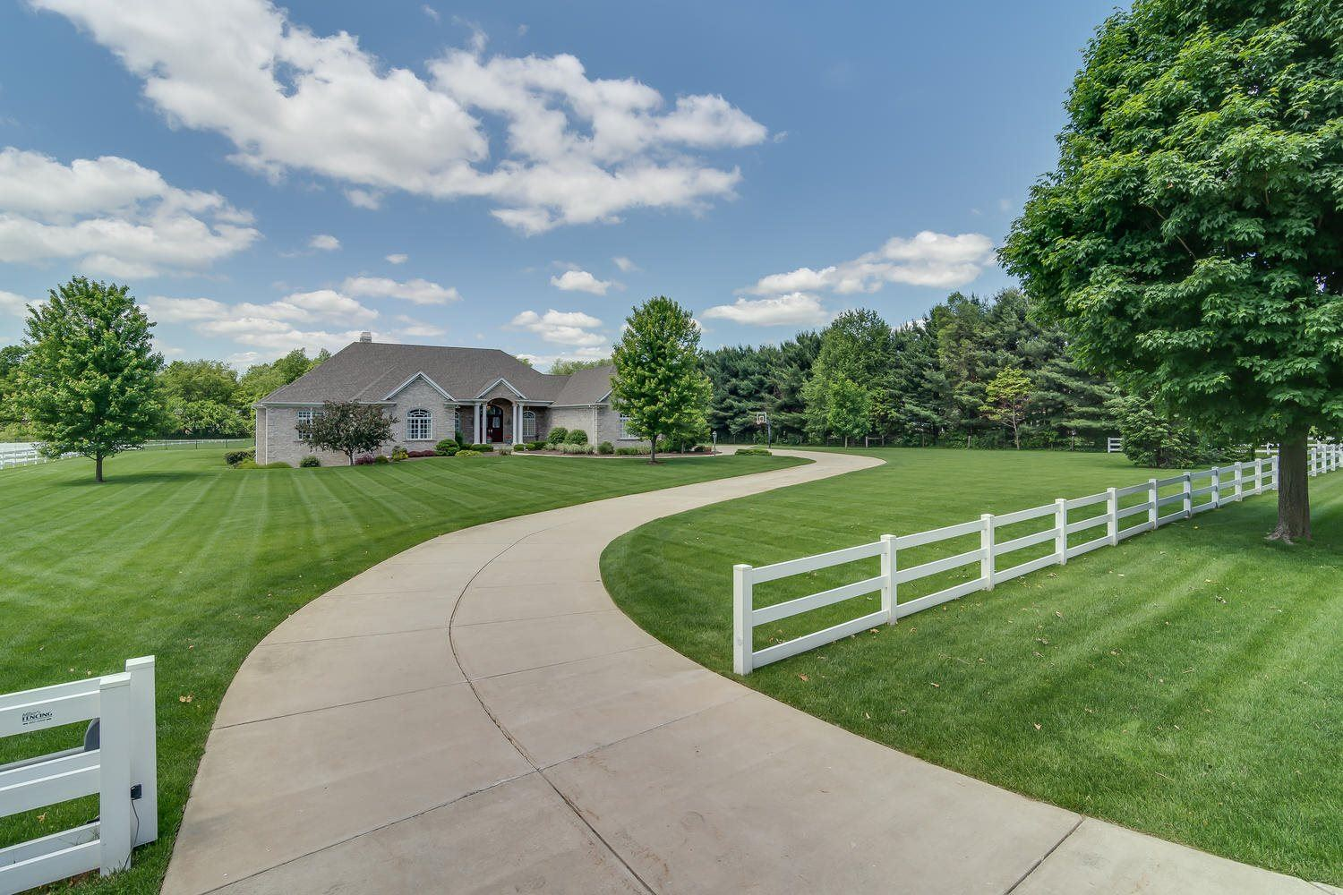 50905 Fox Trail, Granger, IN 46530 - #: 202034983