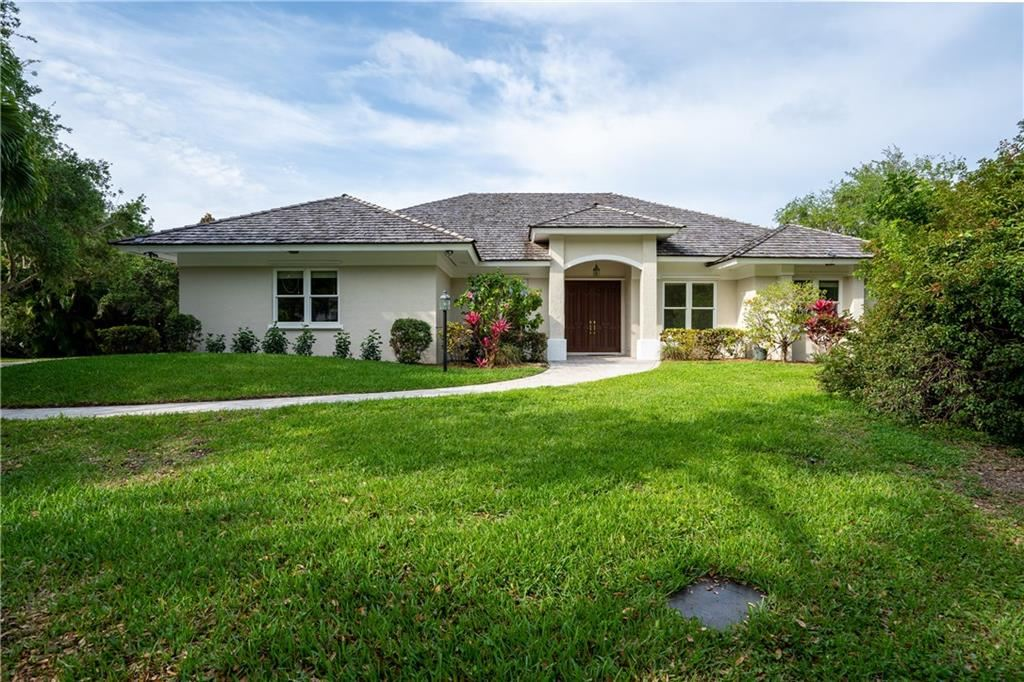 1761 Bay Oak Circle, Vero Beach, FL 32963 - #: 231001