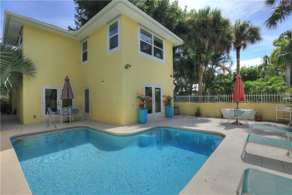 1045 26th Street, Vero Beach, FL 32960 - #: 245007