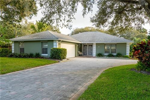 Photo of 506 Indian Lilac Road, Vero Beach, FL 32963 (MLS # 229015)
