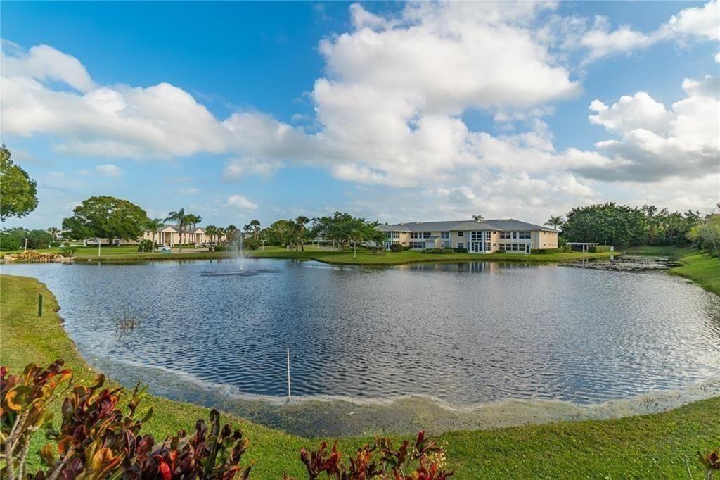 312 Grove Isle Circle #312, Vero Beach, FL 32962 - #: 241024