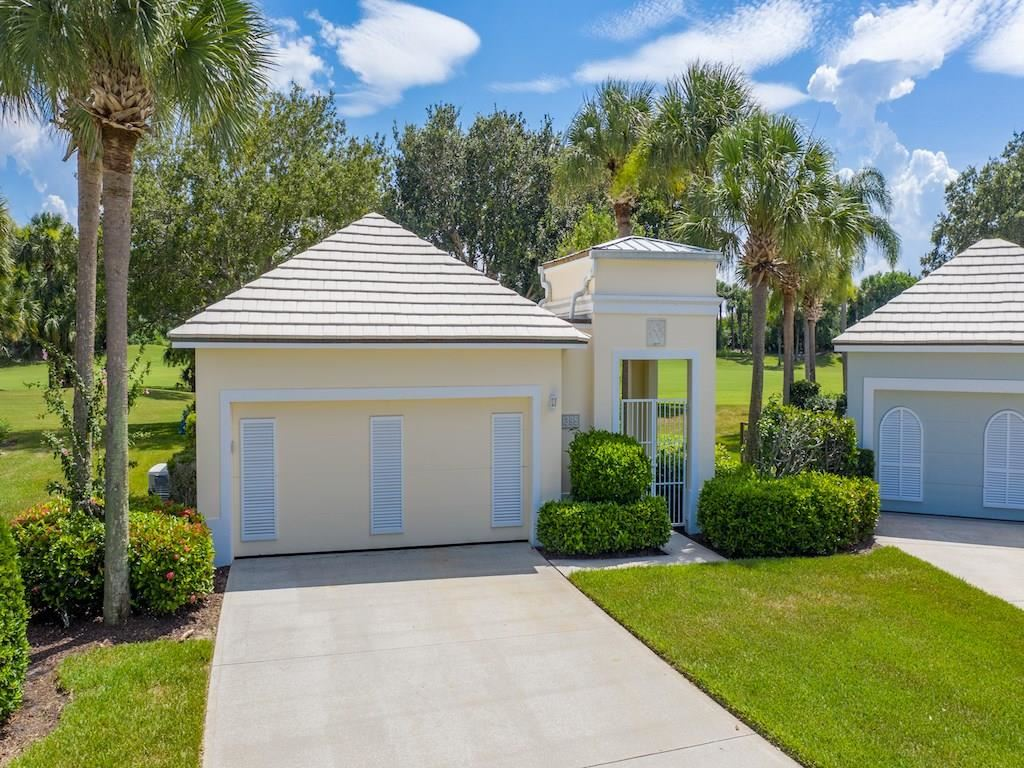 1395 Saint Catherines Circle, Vero Beach, FL 32967 - #: 233057