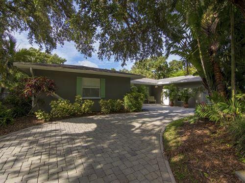 Photo of 556 Flamevine Lane, Vero Beach, FL 32963 (MLS # 232065)