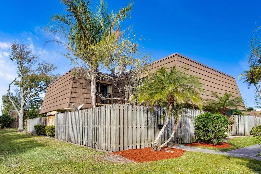 1166 6th Avenue #9C, Vero Beach, FL 32960 - #: 240075