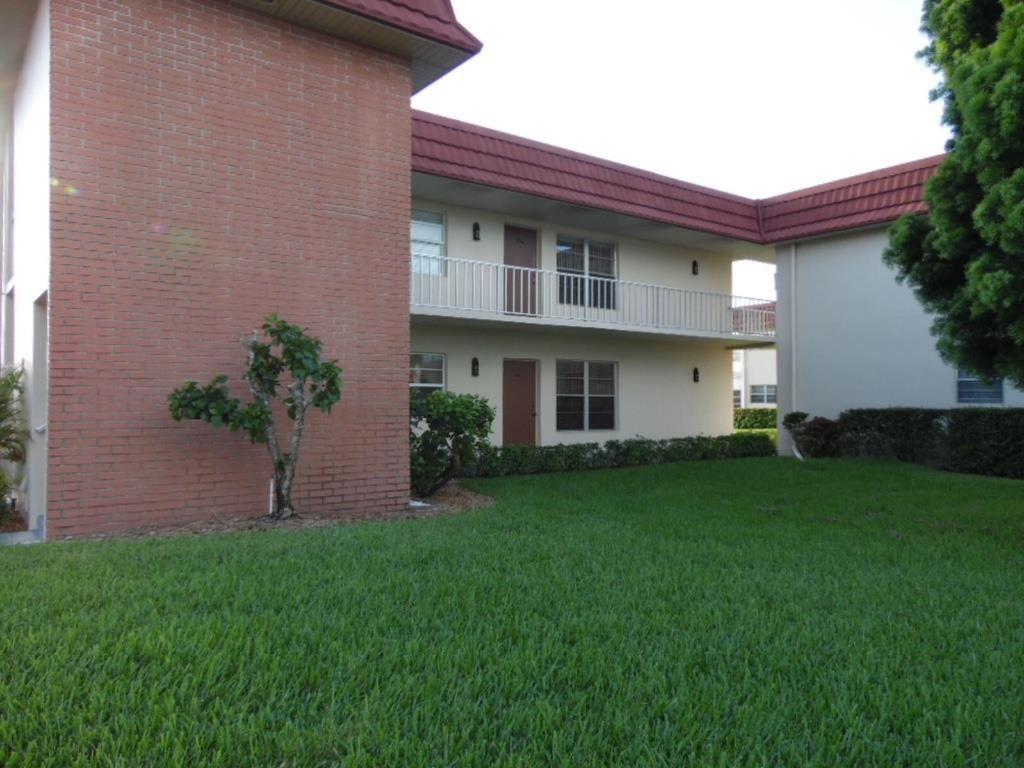 76 Royal Oak Drive #106, Vero Beach, FL 32962 - #: 235083