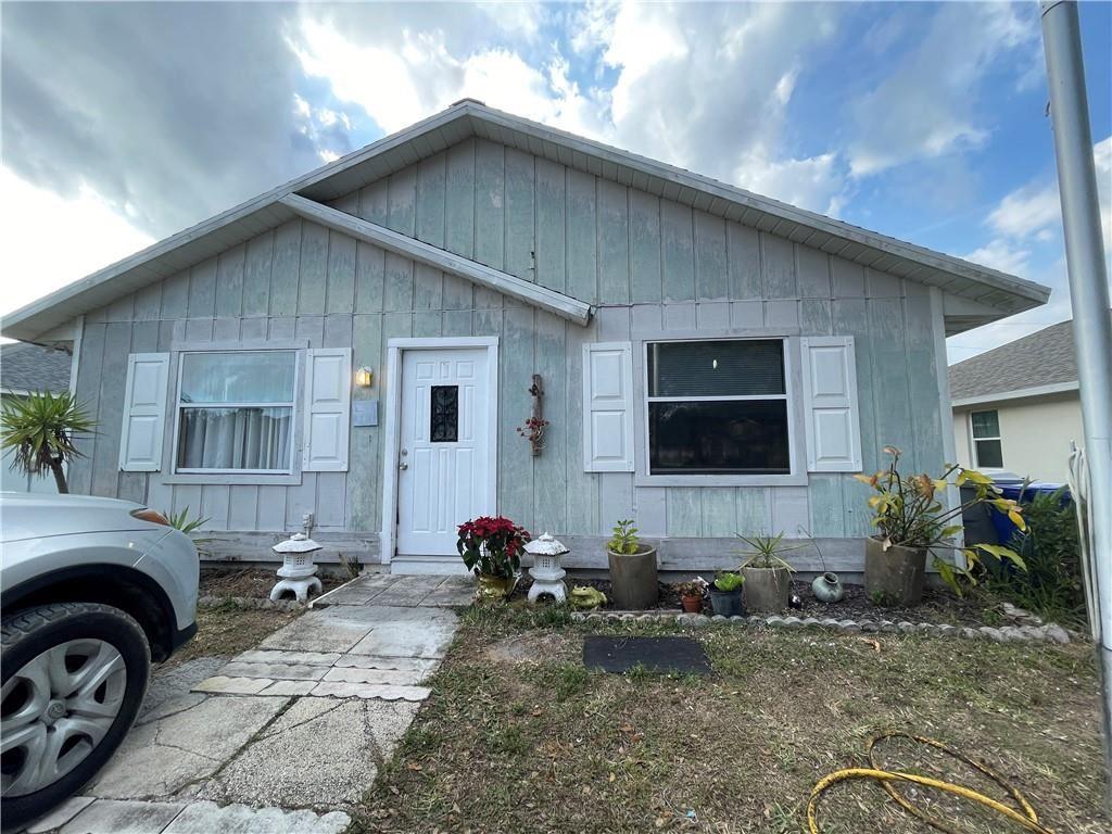 2505 89th Court, Vero Beach, FL 32966 - #: 241085
