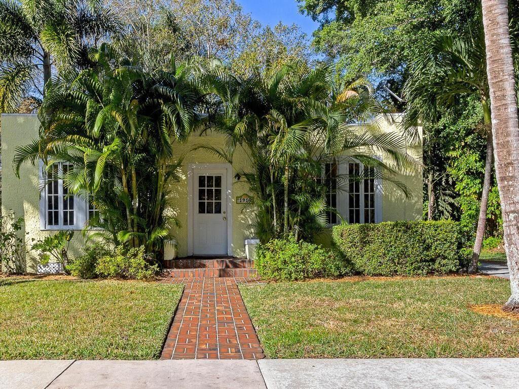 1901 23rd Avenue, Vero Beach, FL 32960 - #: 240086