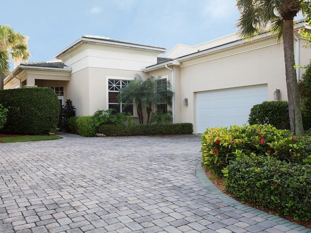 1636 Weybridge Circle, Vero Beach, FL 32963 - #: 227095