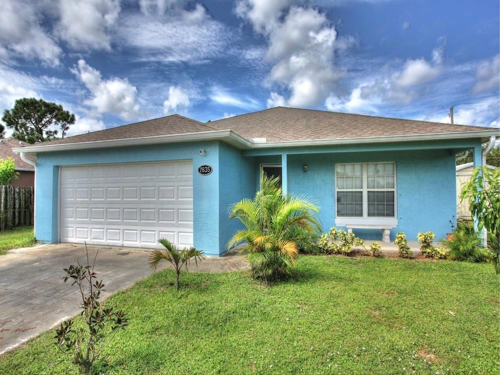 7835 101st Court, Vero Beach, FL 32967 - #: 236100