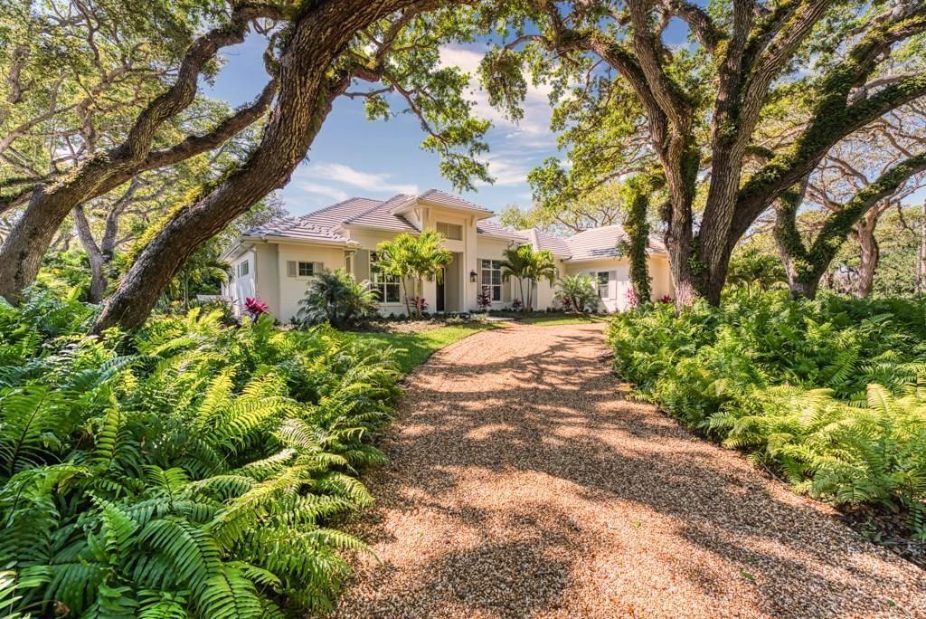 902 Ladybug Lane, Vero Beach, FL 32963 - MLS#: 234125