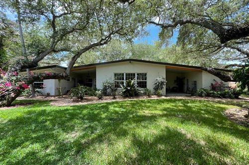 Photo of 3915 Mockingbird Drive, Vero Beach, FL 32963 (MLS # 244126)