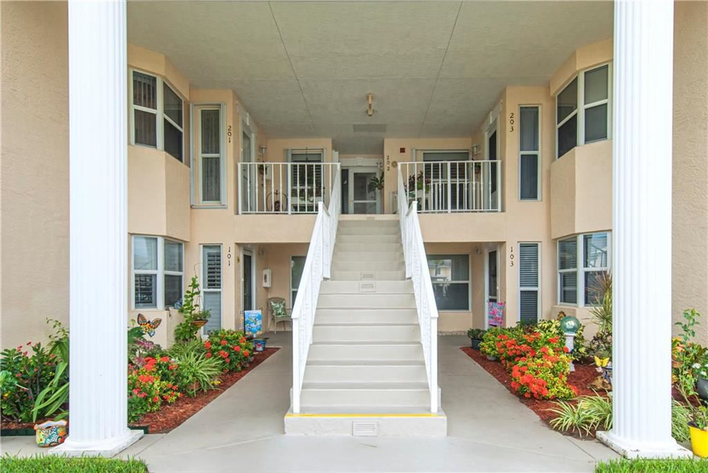 620 E Lake Jasmine Circle #201, Vero Beach, FL 32962 - #: 234126